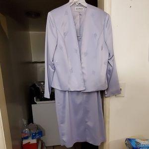 Lavender 2 PC suit